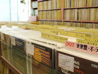 富士レコード社店内